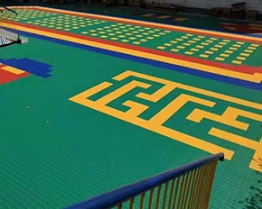 幼儿园塑料拼装地板