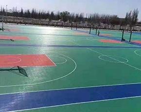 悬浮式拼装地板已成为篮球场建设中热门的产品之一